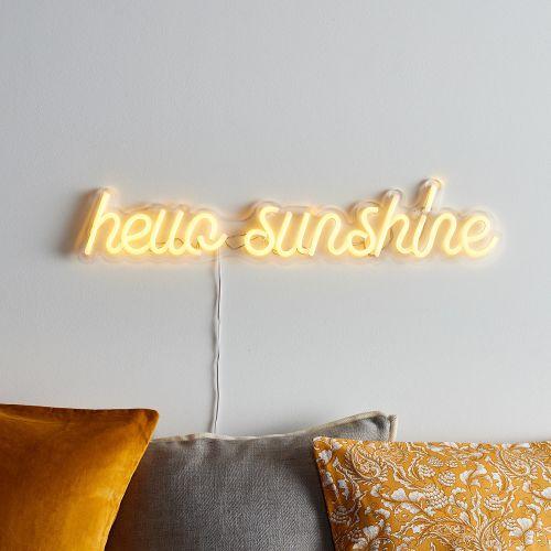 LED neon flex dapat terlihat di siang hari