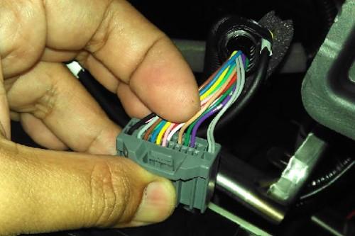 Gambar warna kabel audio mobil