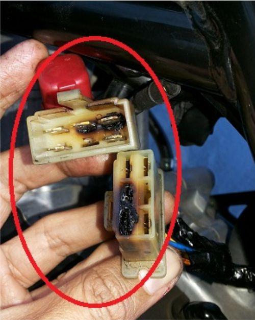Soket kabel motor rusak