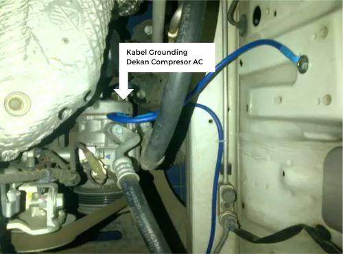 Gambar kabel grounding dekat kompresor AC