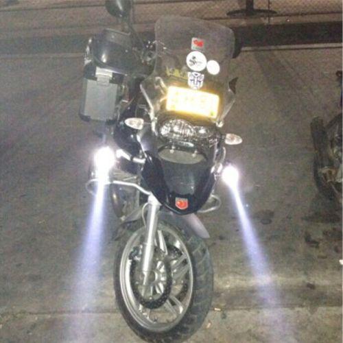Gambar lampu sorot pada motor