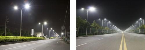 lampu tenaga surya di jalanan