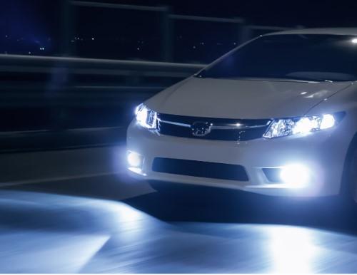 kendaraan saat ini menggunakan lampu putih