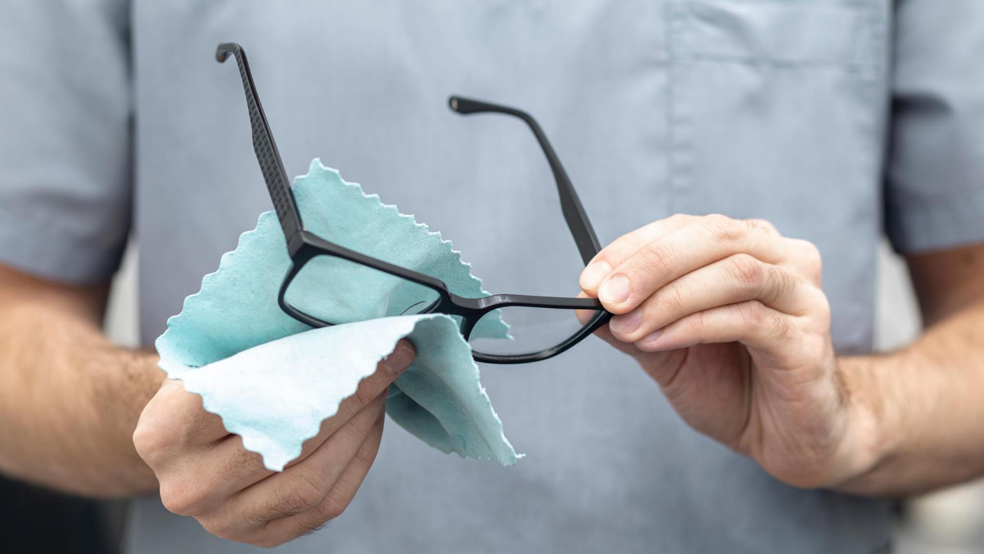 Sfaturi pentru intretinerea ochelarilor