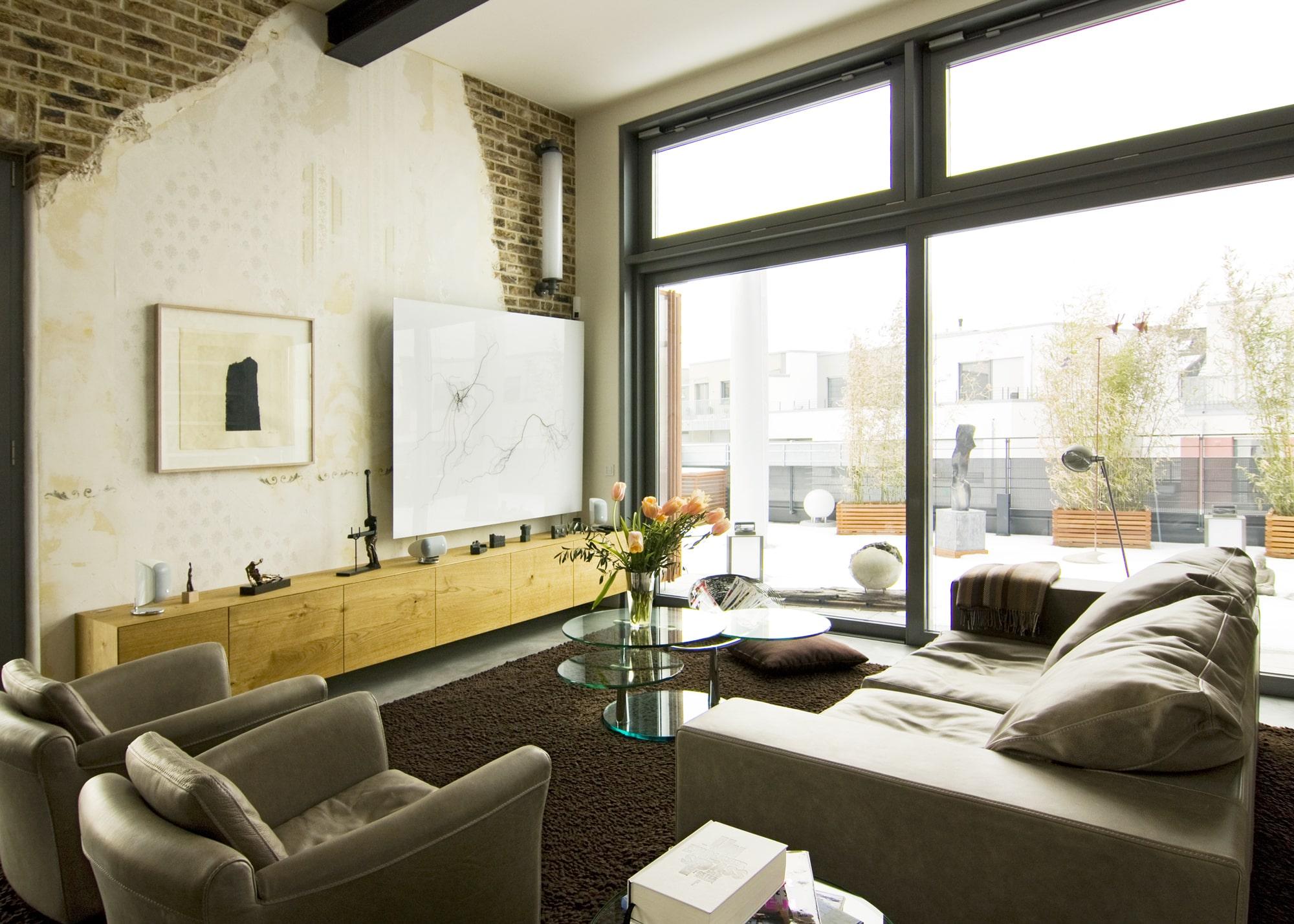 Smart Home Projekt (KNX, Lichtszenen, Multiroom) – Penthouse über der Stadt