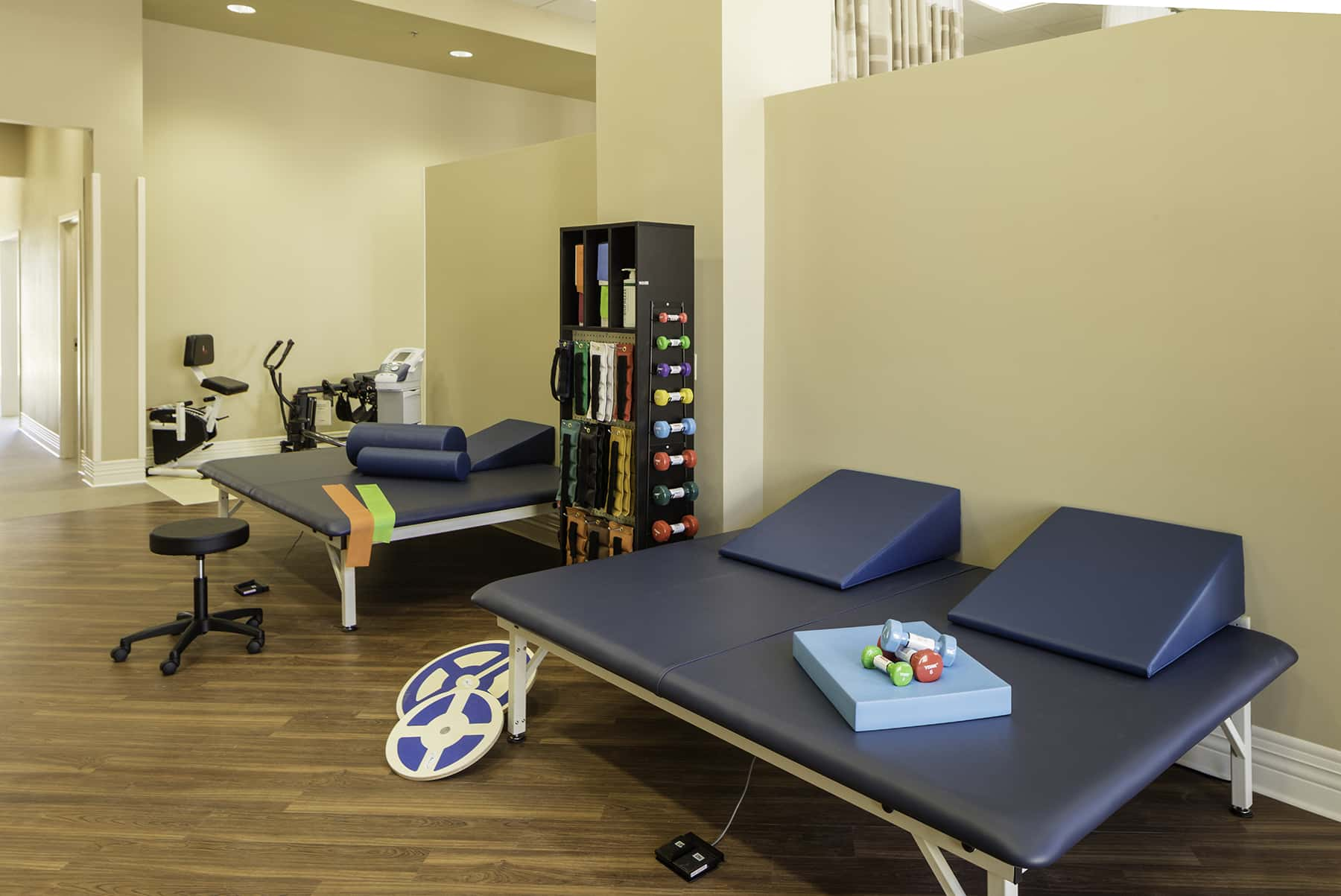 Exercise room therapy bed
