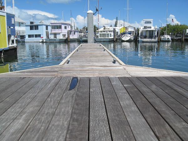 Marina-nav-floating