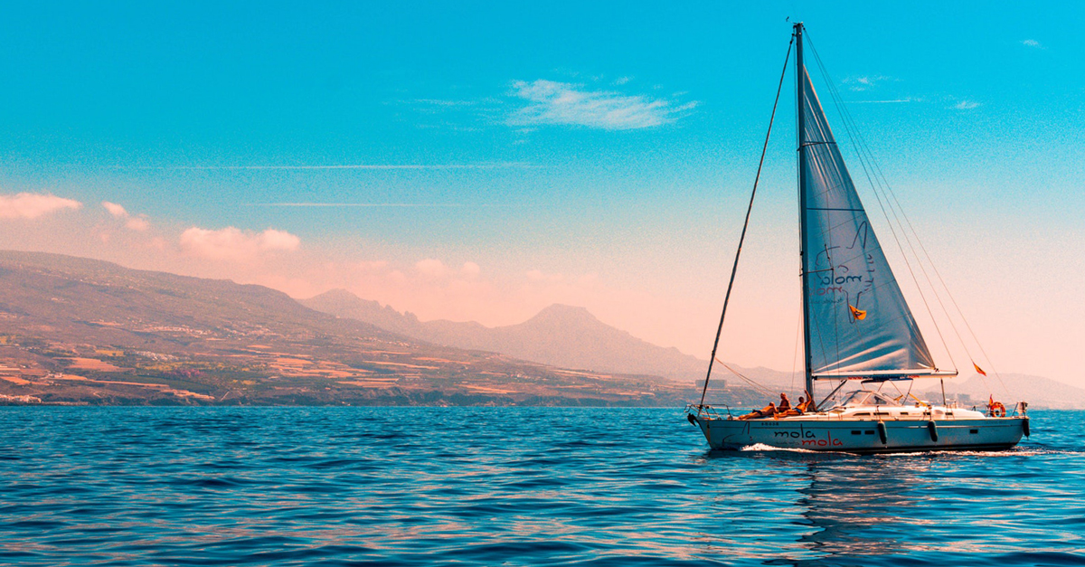 How To Buy A Beginner Sailboat In 2020 | Life of Sailing