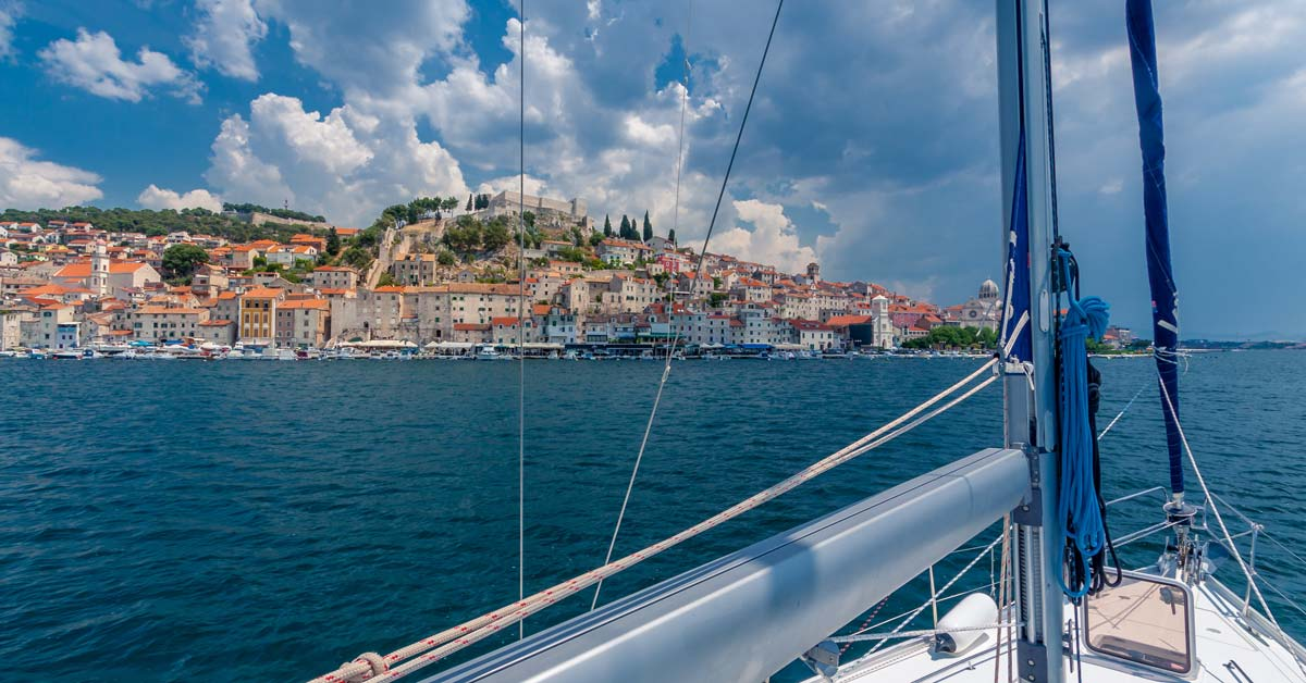 Can You Live On A Sailboat Year Round   Life of Sailing