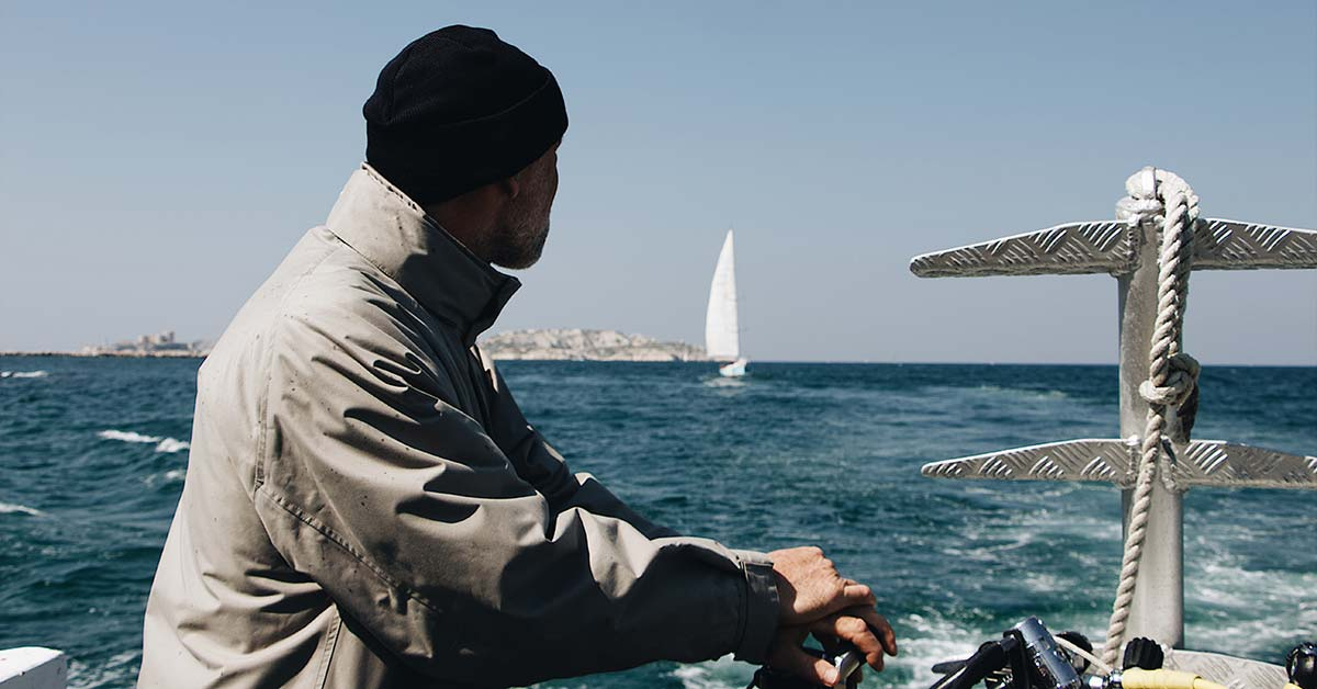 20 Must Have Sailing Accessories   Life of Sailing
