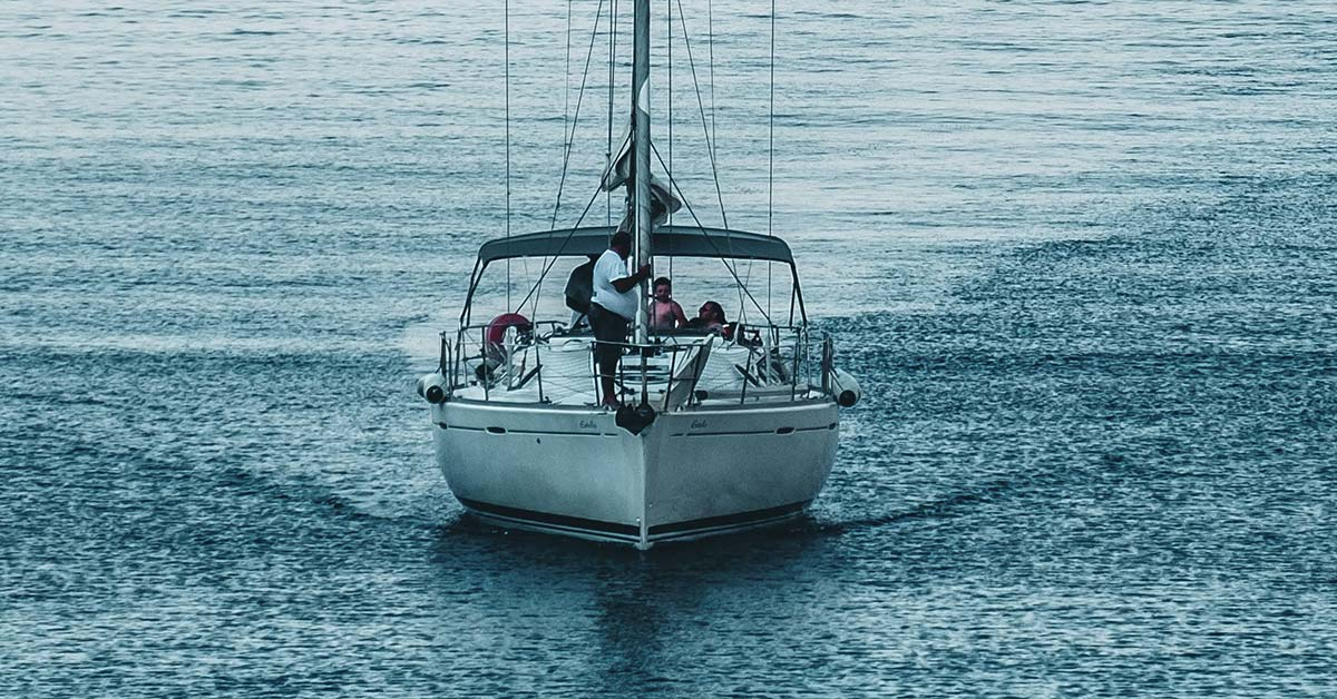 What Sailing Qualifications Do You Need? | Life of Sailing