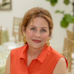 Karyn Lazareck Receives MAnitoba 150's Honour 150 Program