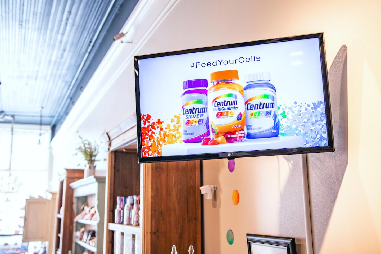 digital screen advertising in doctors' office waiting rooms
