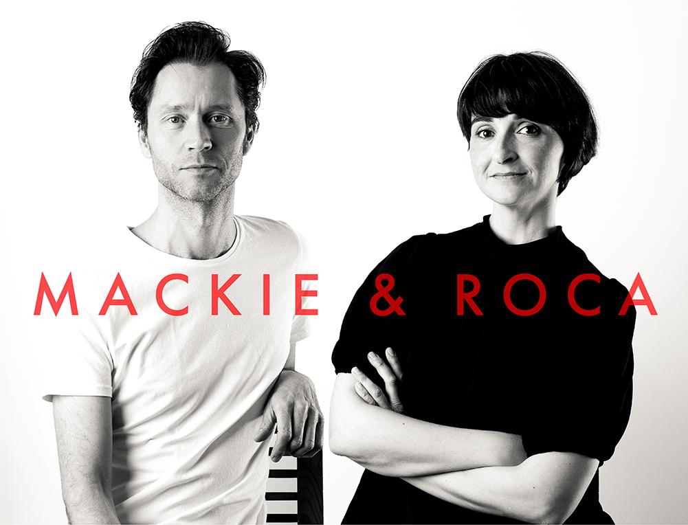 Retrato en blanco y negro de diseñadores, Mackie y Roca.