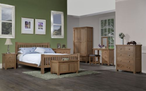 Devonshire Pine - Bedroom - Dorchester Oak