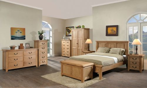 Devonshire Pine - Bedroom - Summerfield