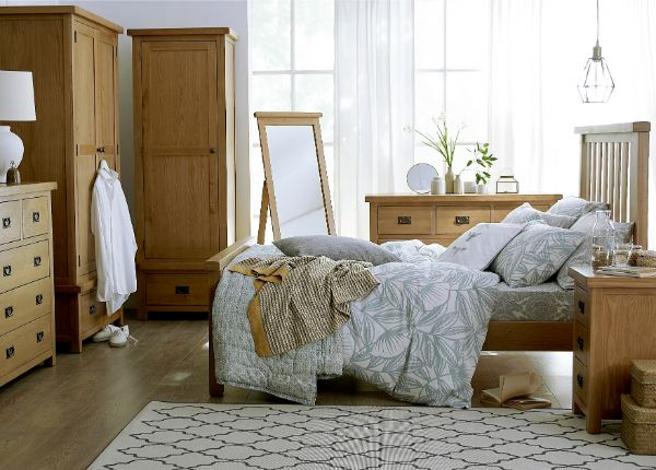 Kettle Interiors - Bedroom - COXWOLD