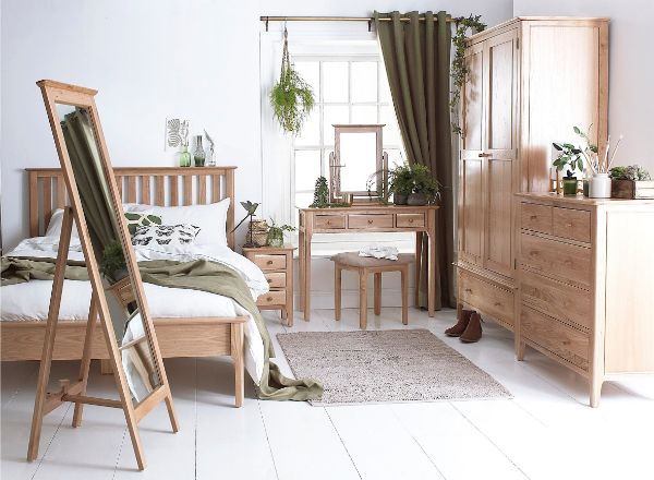 Kettle Interiors - Bedroom - Newport Oak