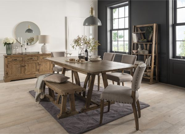 Fortune Woods - MIDDLETON OAK - Living & Dining