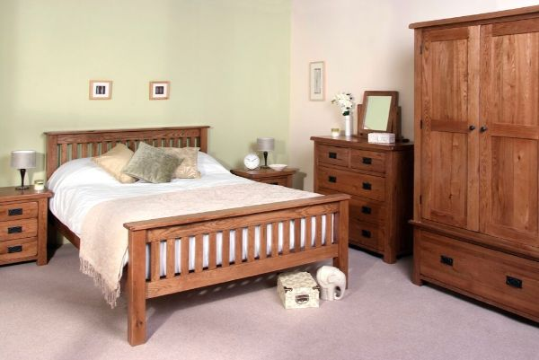 Devonshire Pine - Bedroom - Rustic Oak