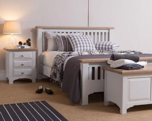 Classic - GOATHLAND - Bedroom