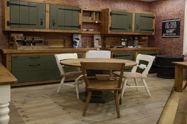 Classic - BEVERLEY INDUSTRIAL - Living & Dining
