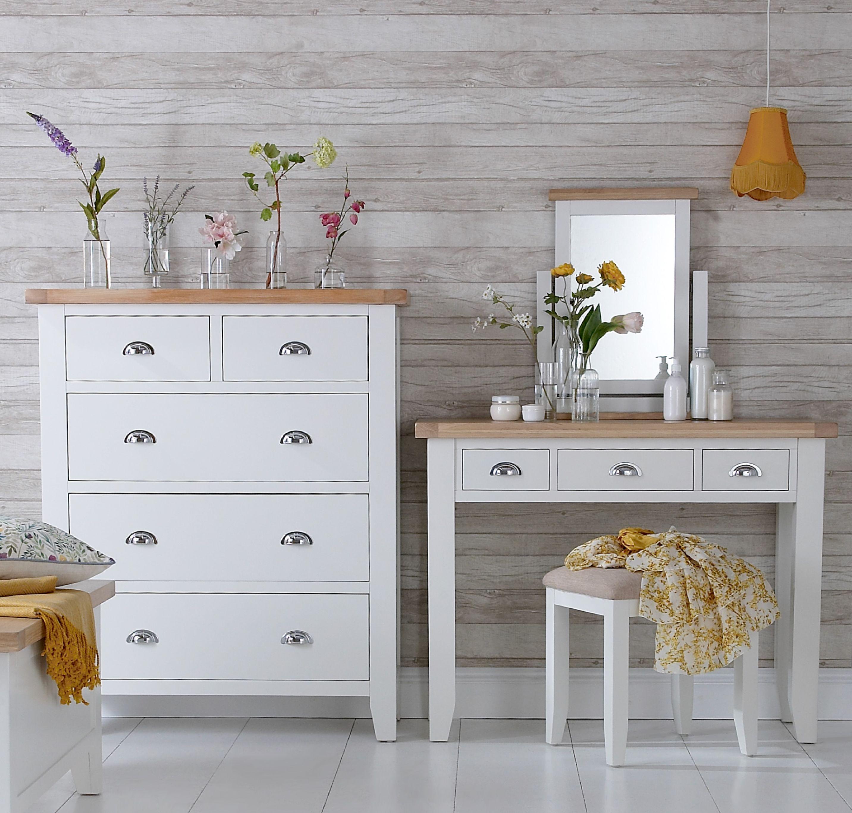 Kettle Interiors - TAVISTOCK WHITE - Bedroom