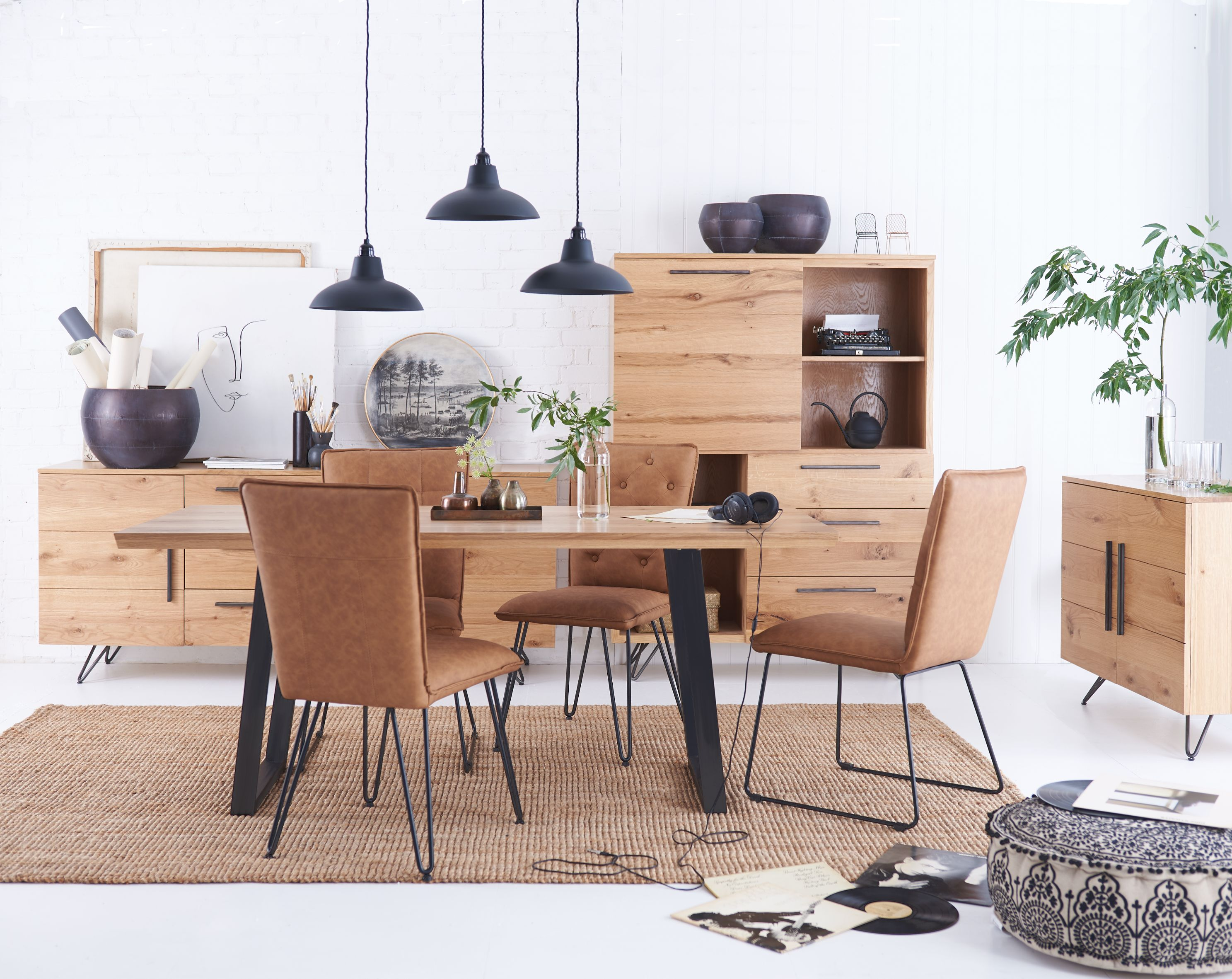 Kettle Interiors - IKALIS - Living & Dining