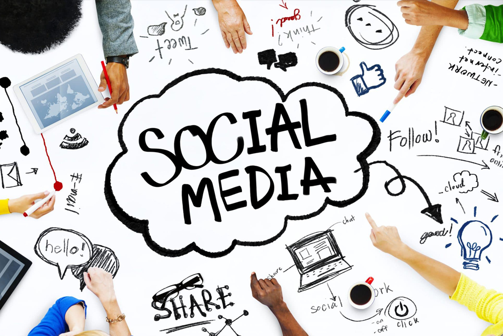 Top Reasons Small Businesses Should Hire a Social Media Manager