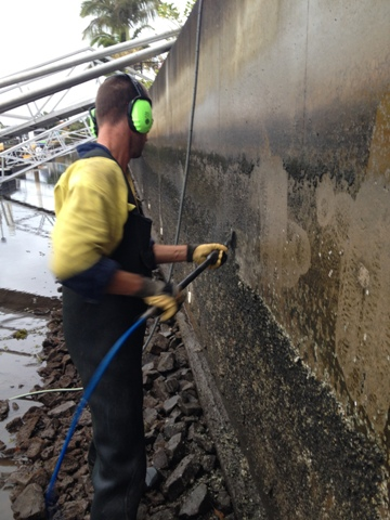 Oyster cleaning of spalling zone