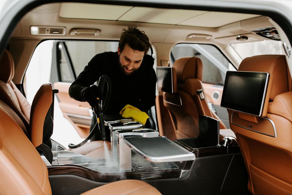 Jaguar SUV getting a mobile detail