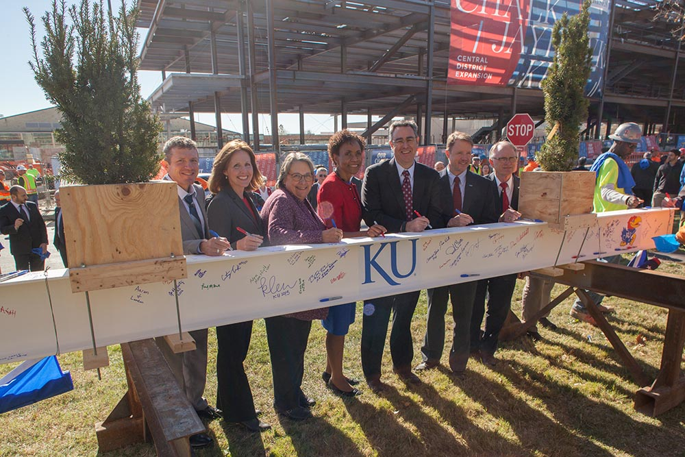 """University of Kansas Central District """"Topping Out"""" Celebration for new Integrated Science Building"""