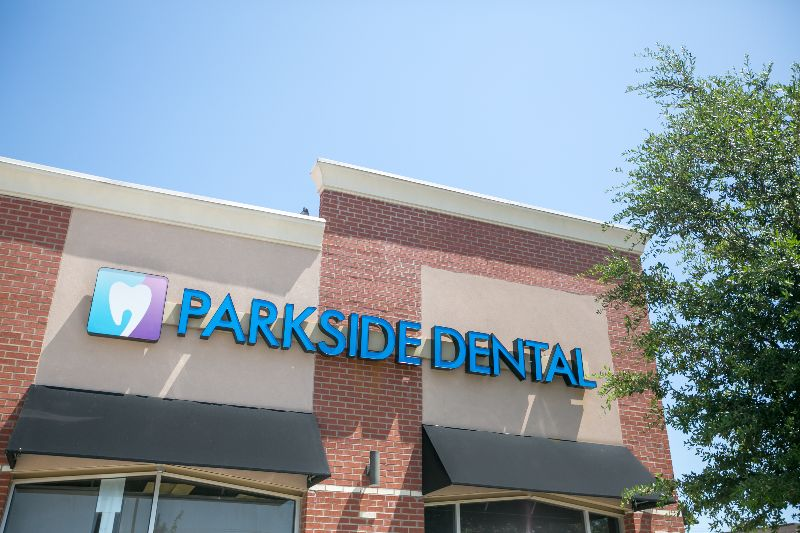 park dental office front
