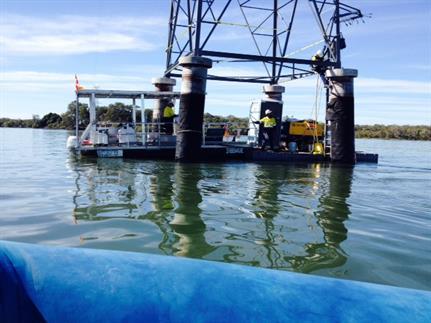 push punt, work boat, floating platform, bridge maintenance, engineer approved platform, rooftop stable