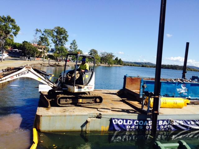spudded dumb barge, work punt, flat deck barge, rock armouring