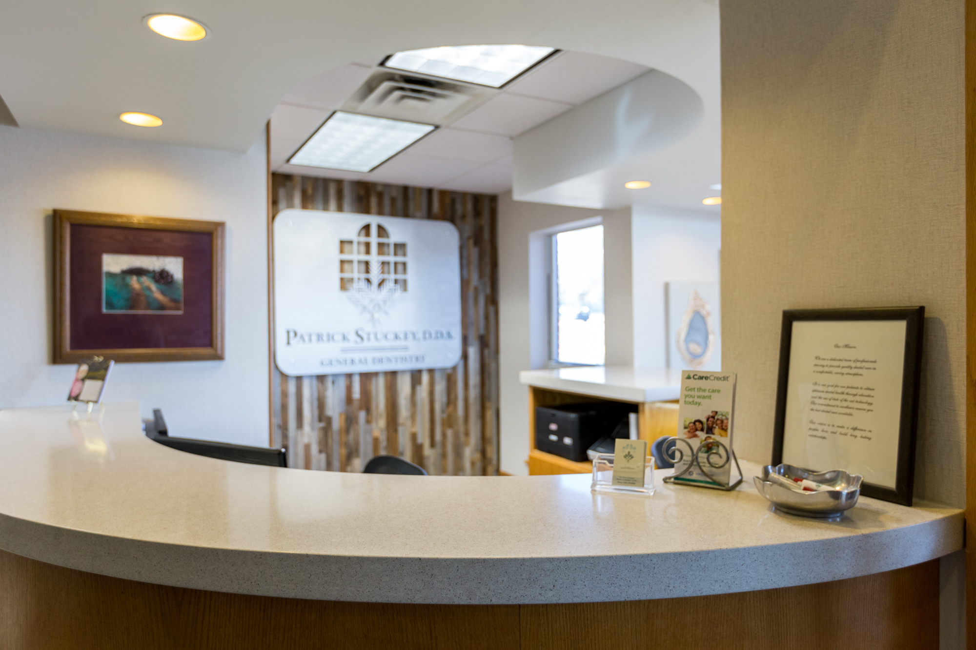Patrick Stuckey, D.D.S front desk