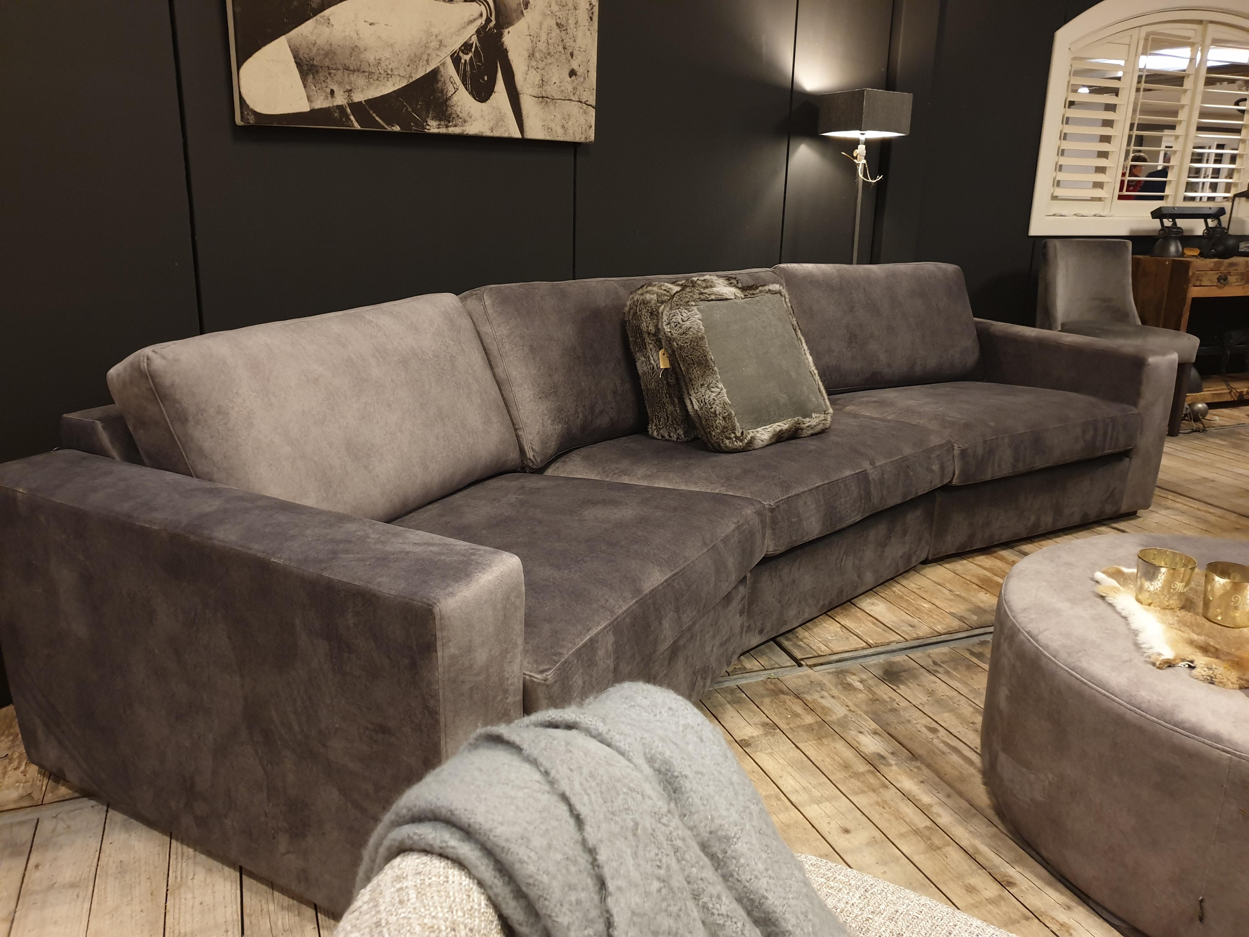 Landelijke meubels kopen bij Verschoor Wonen, voor een landelijke inrichting.