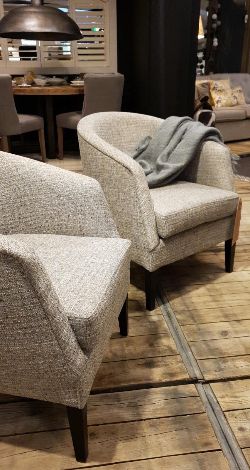 Landelijke fauteuils kopen. Verkoop van landelijke stoelen bij Verschoor Wonen.