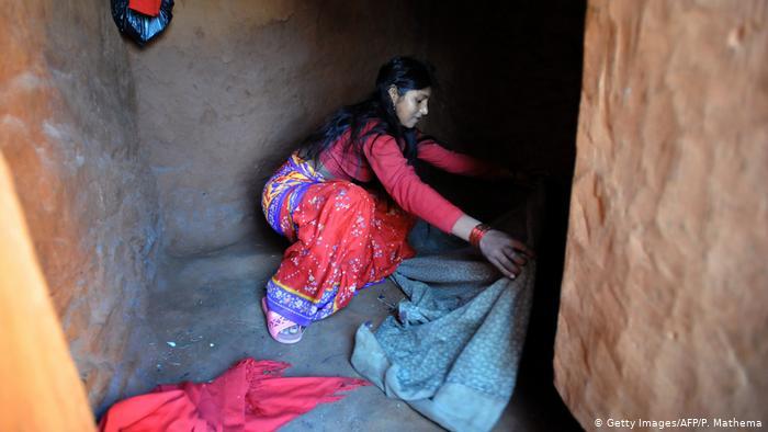 Nepal Achham - Religion und Frauen