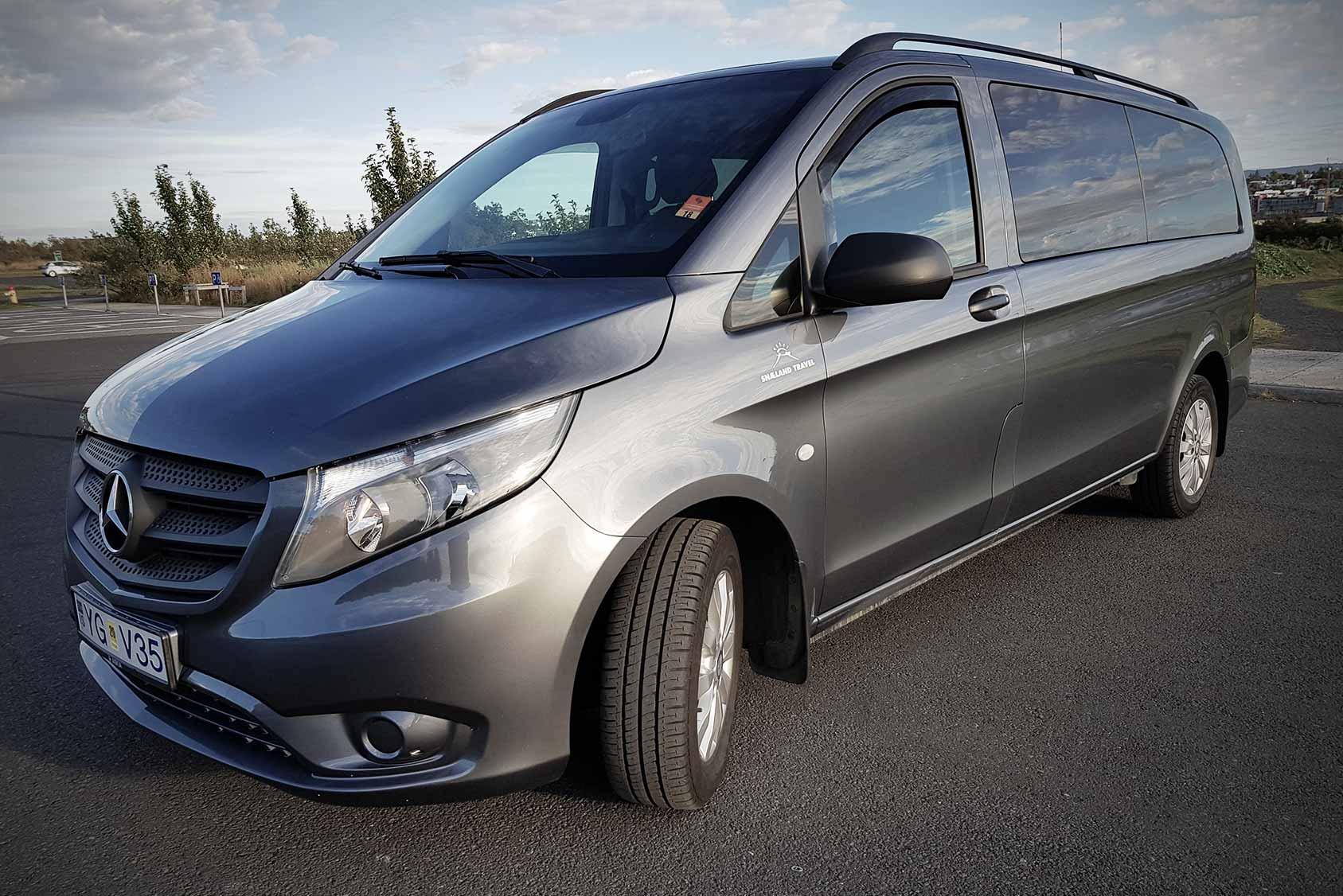 Private Driver Reykjavik Vehicle for Golden circle