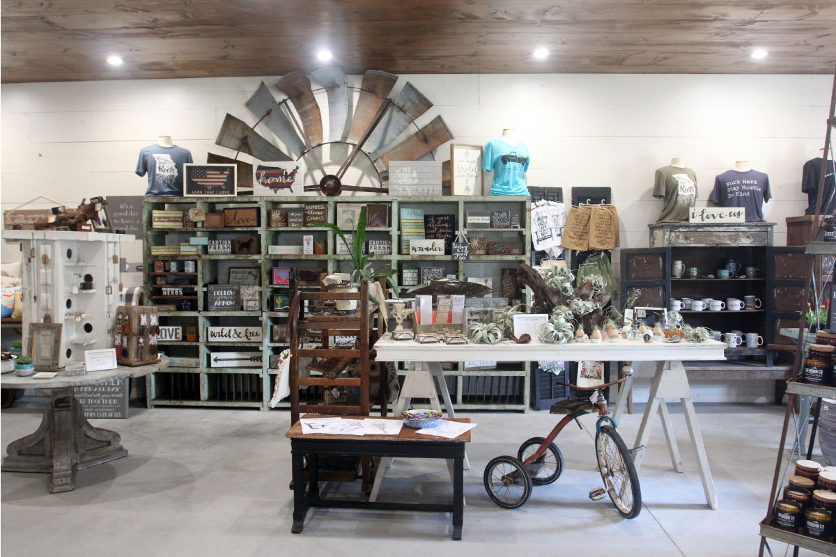 Gift Shop 14