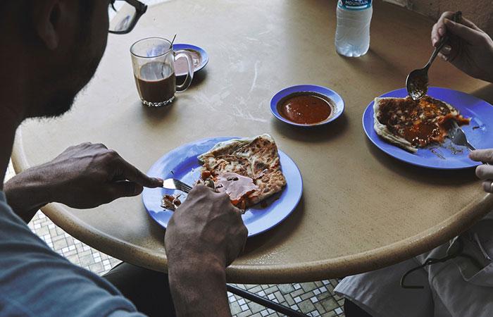 Rishi Naleendra - Roti Prata Breakfast
