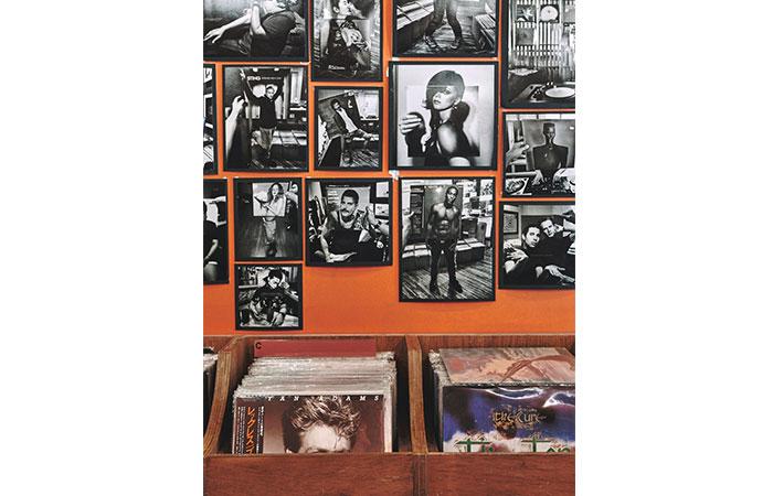 Rishi Naleendra - Vinyl Hunting