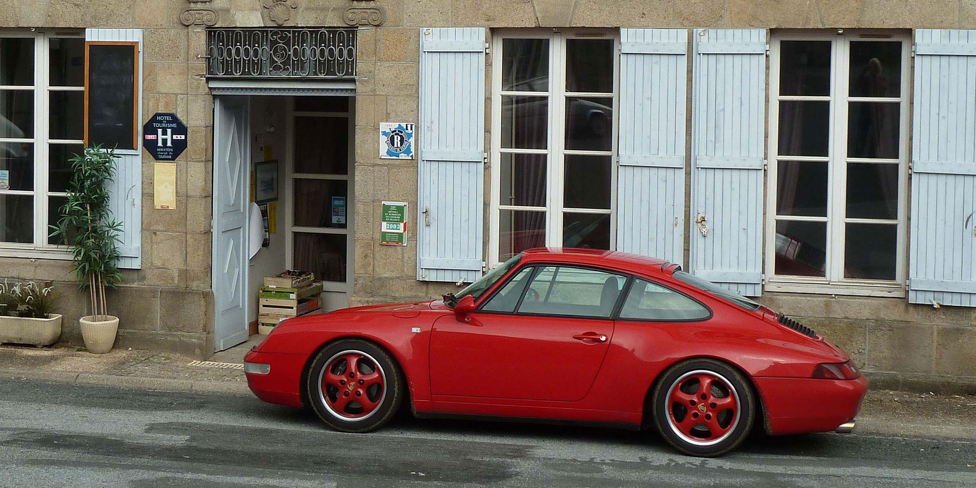 Porsche outside French hotel