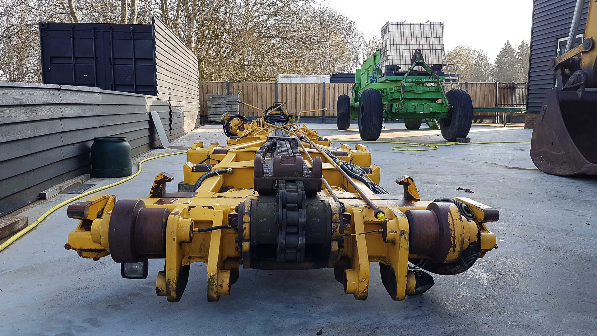 CHAIN SYSTEM FOR VOLVO A25D/C DUMPER