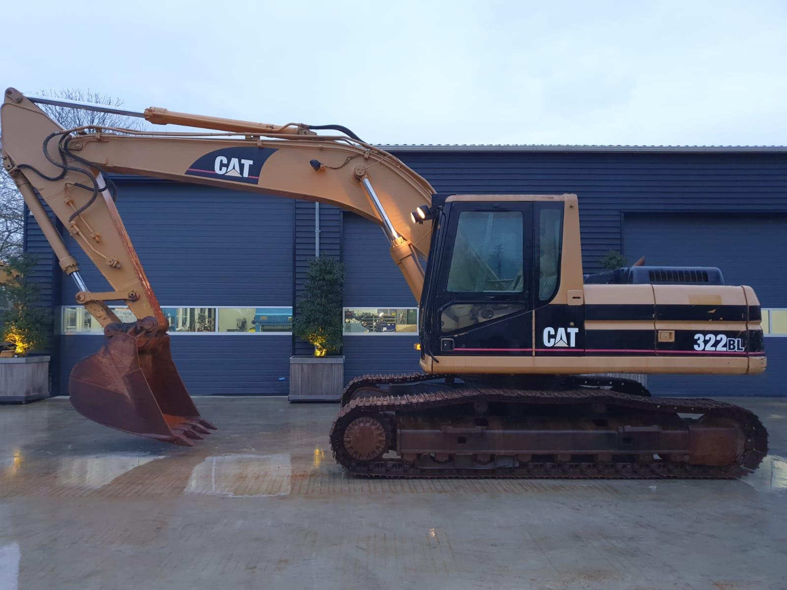 Caterpillar 322 BL Track excavator