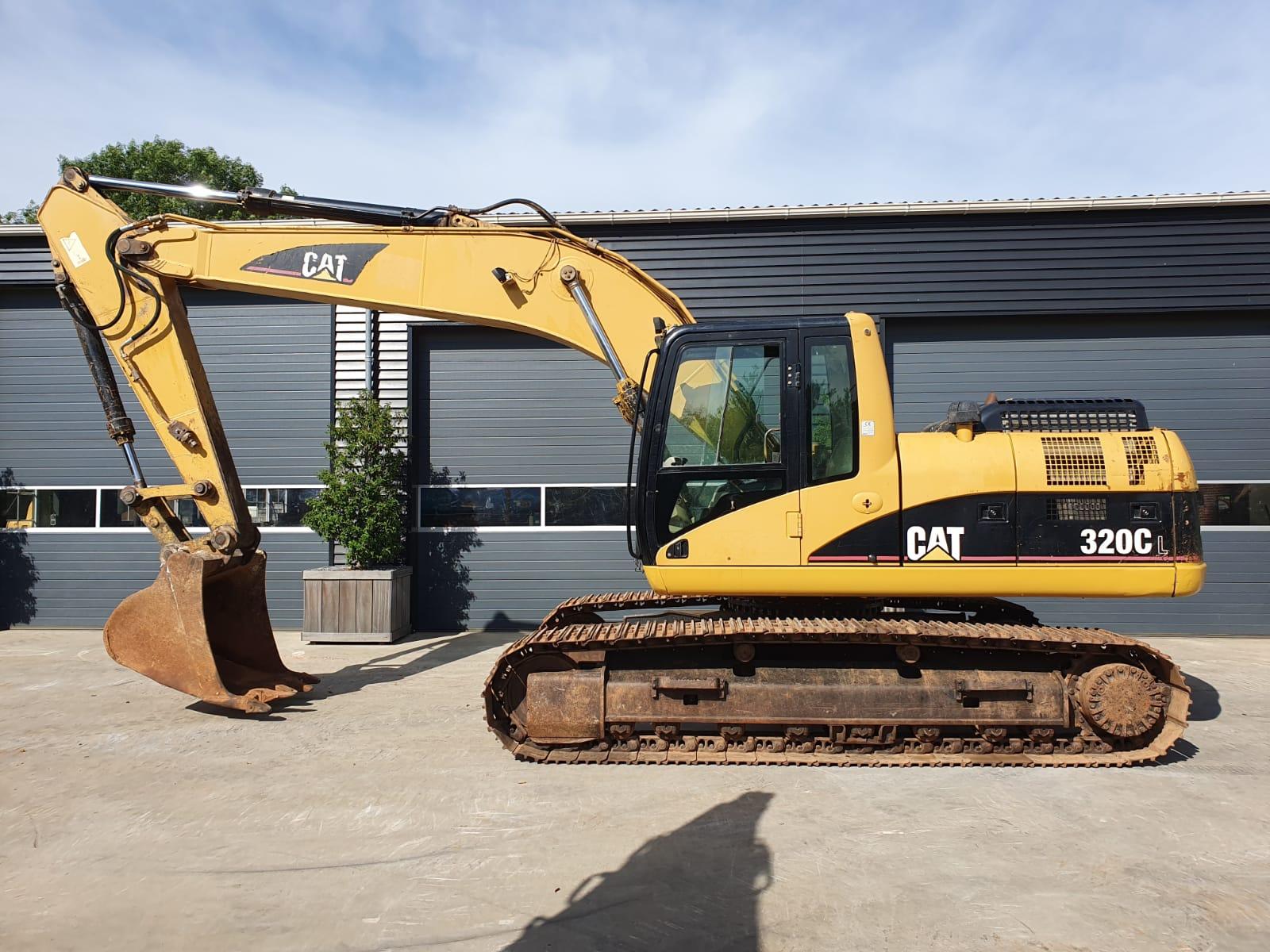 Caterpillar 320CL Track excavator
