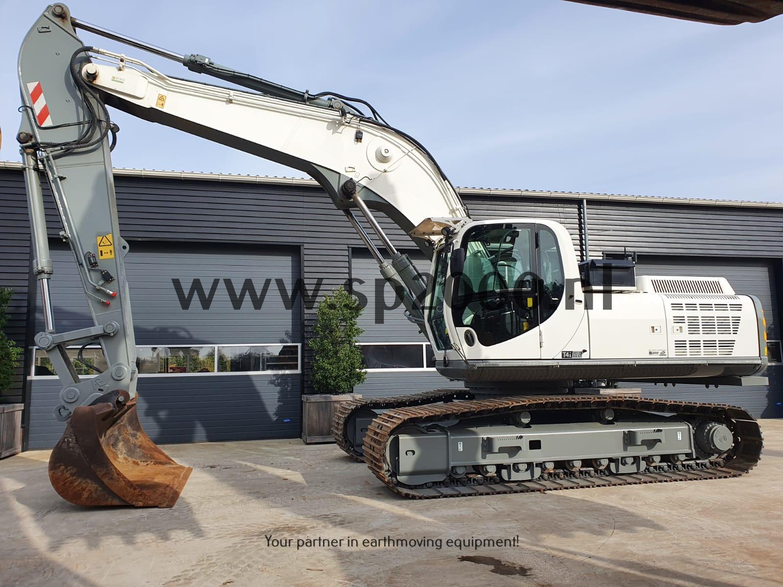 JCB JS300LC-T4 track excavator