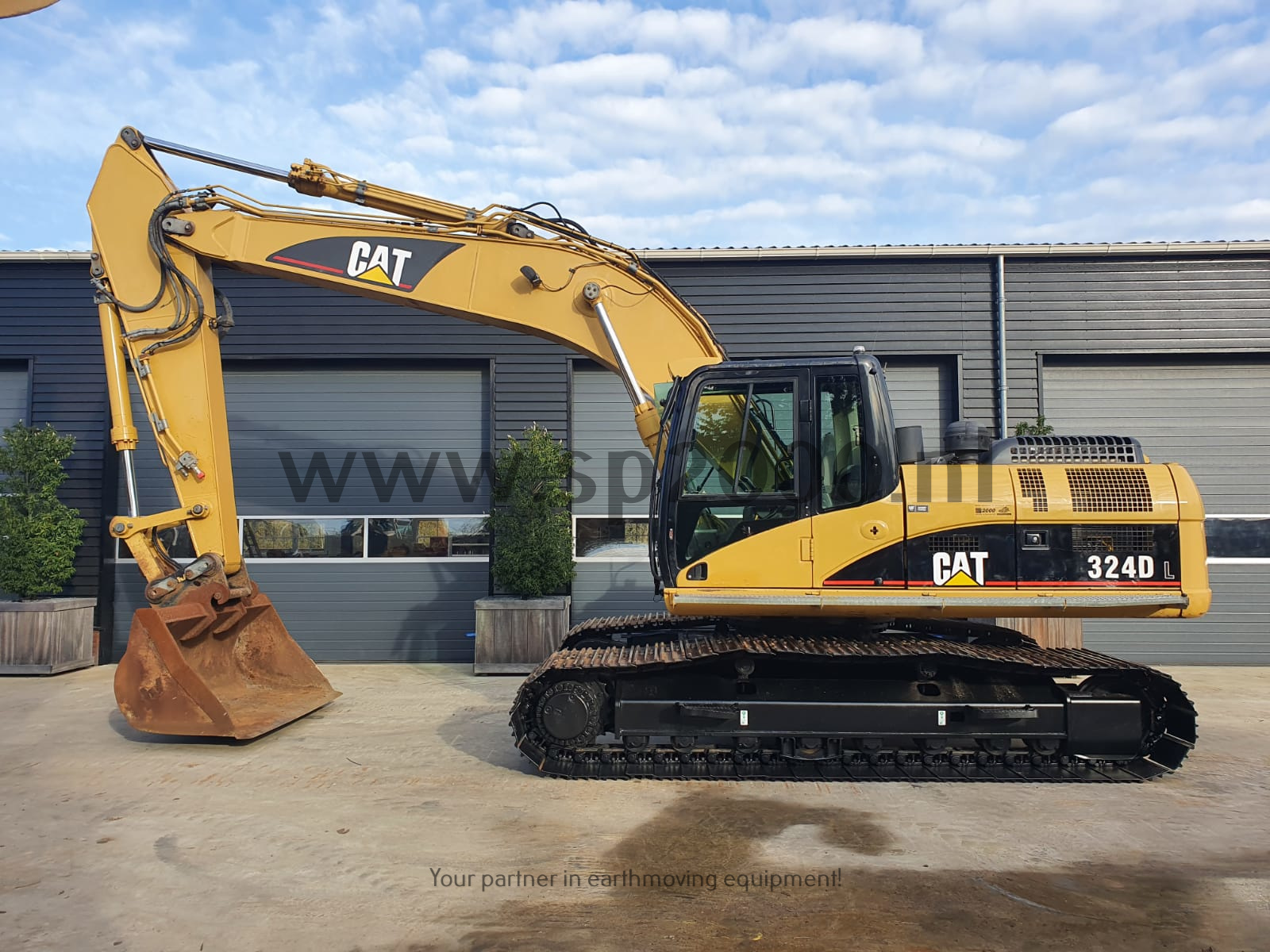Caterpillar 324DL Track excavator