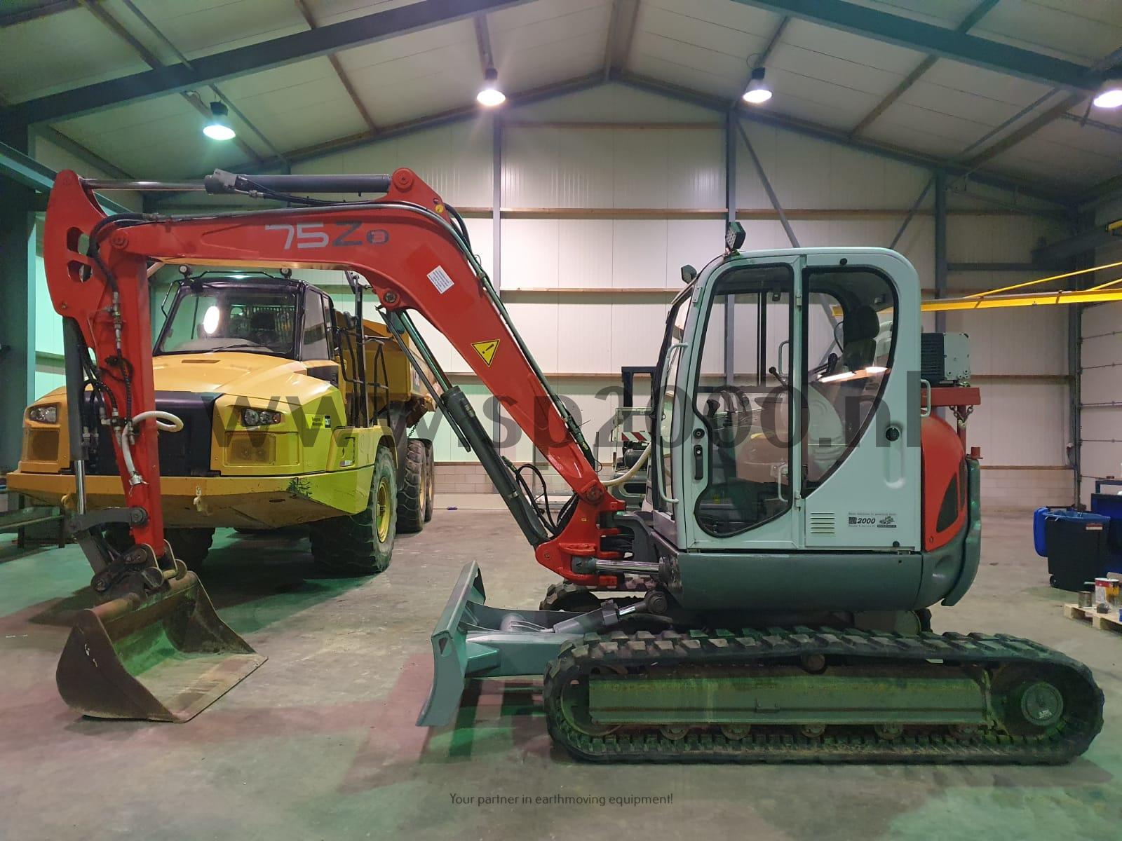 Neuson 75Z3 RD track excavator